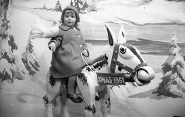 ColeValleyGirl at Xmas in 1961